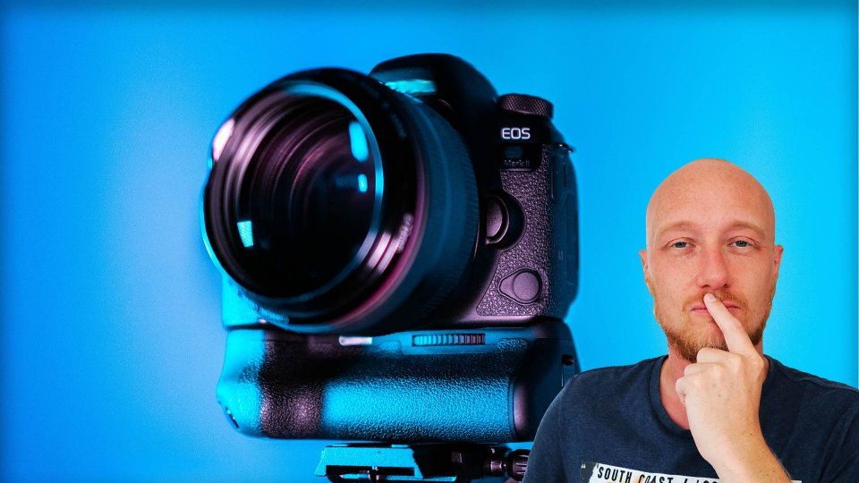 Best YouTube vlogging camera for beginners 2021